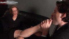 Nasty mature slut gets her feet sucked