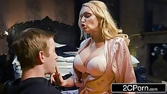 Fucking His Buddy's Hot Mom Amber Jayne