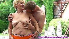 Obese grandmas hairypussy fucked outdoors